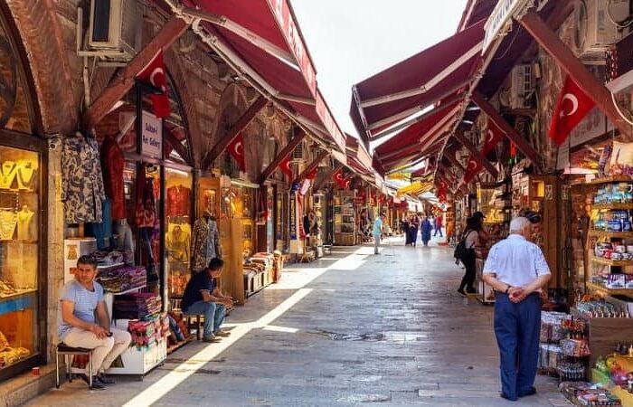 arasta bazar tour guide