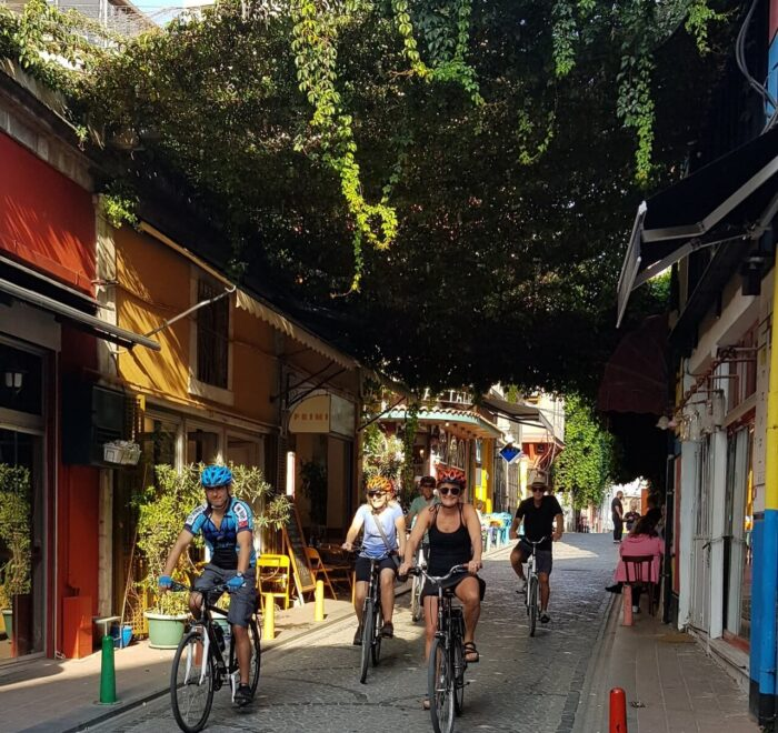 istanbul-on-bike tours