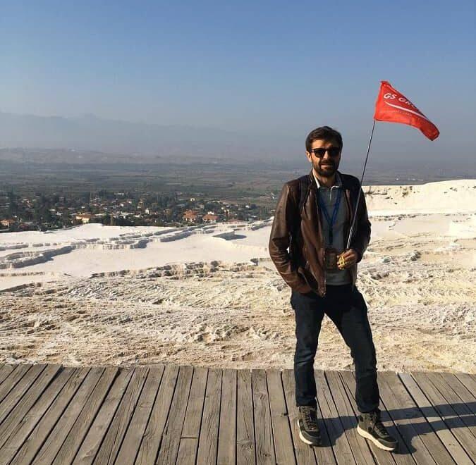 famous istanbul tour guide memis